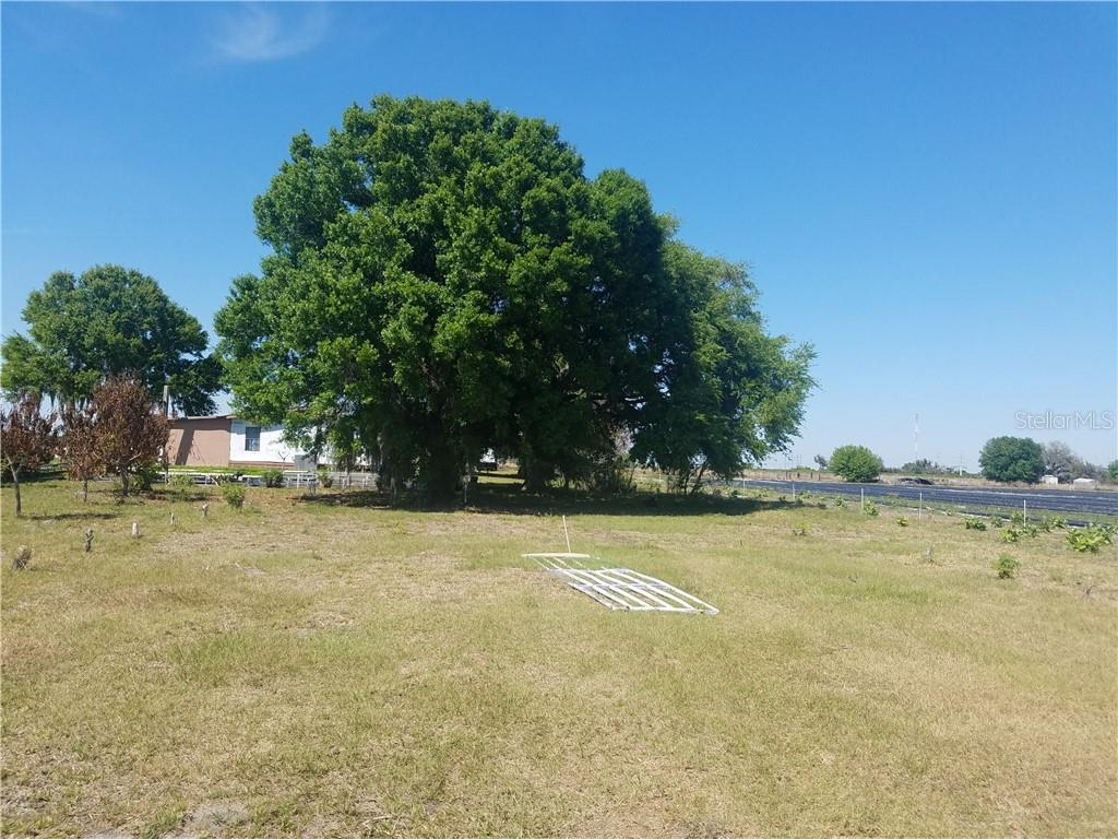 18721 S 39th Highway Property Photo