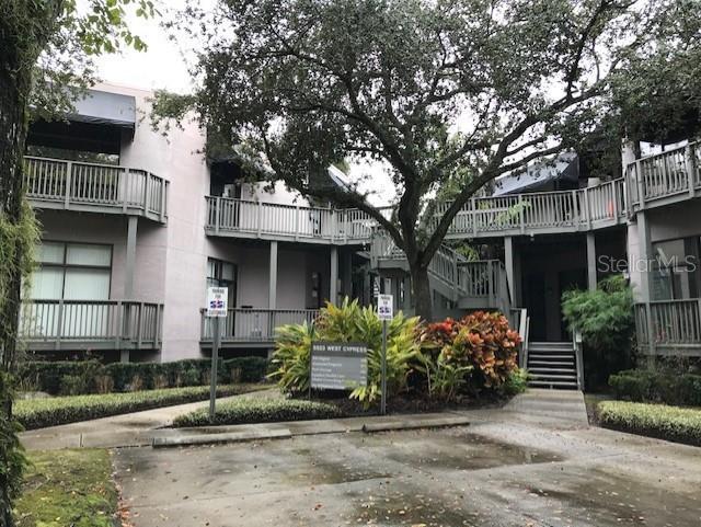 5523 W Cypress Street #103 Property Photo