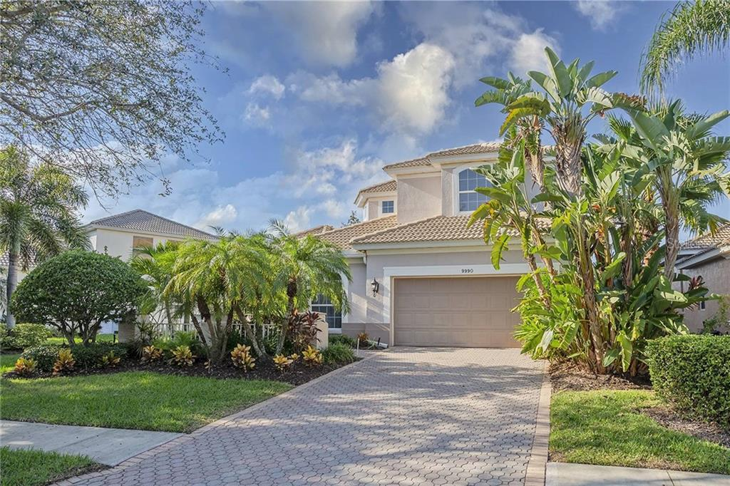 9990 SAGO POINT DRIVE Property Photo - LARGO, FL real estate listing