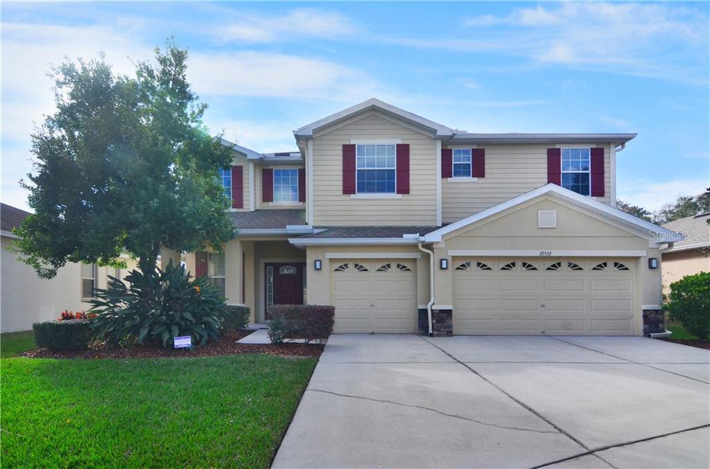 27552 STONECREEK WAY Property Photo - WESLEY CHAPEL, FL real estate listing