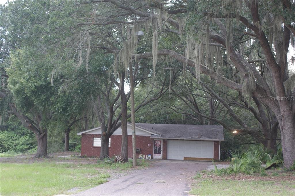 710 S Kings Avenue Property Photo