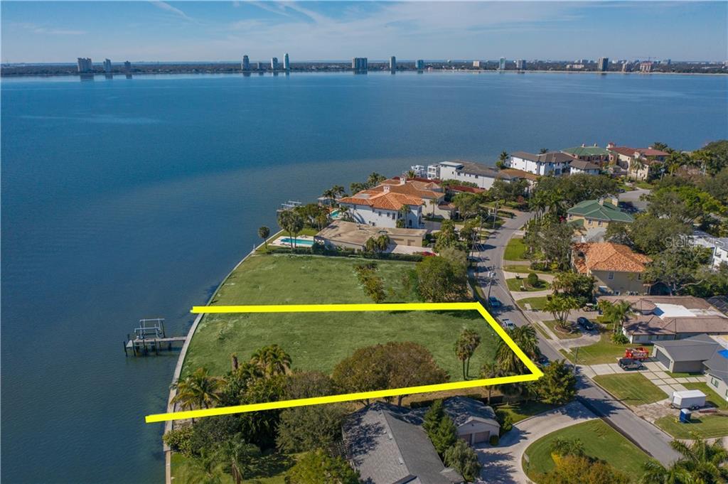 96 MARTINIQUE AVENUE Property Photo - TAMPA, FL real estate listing