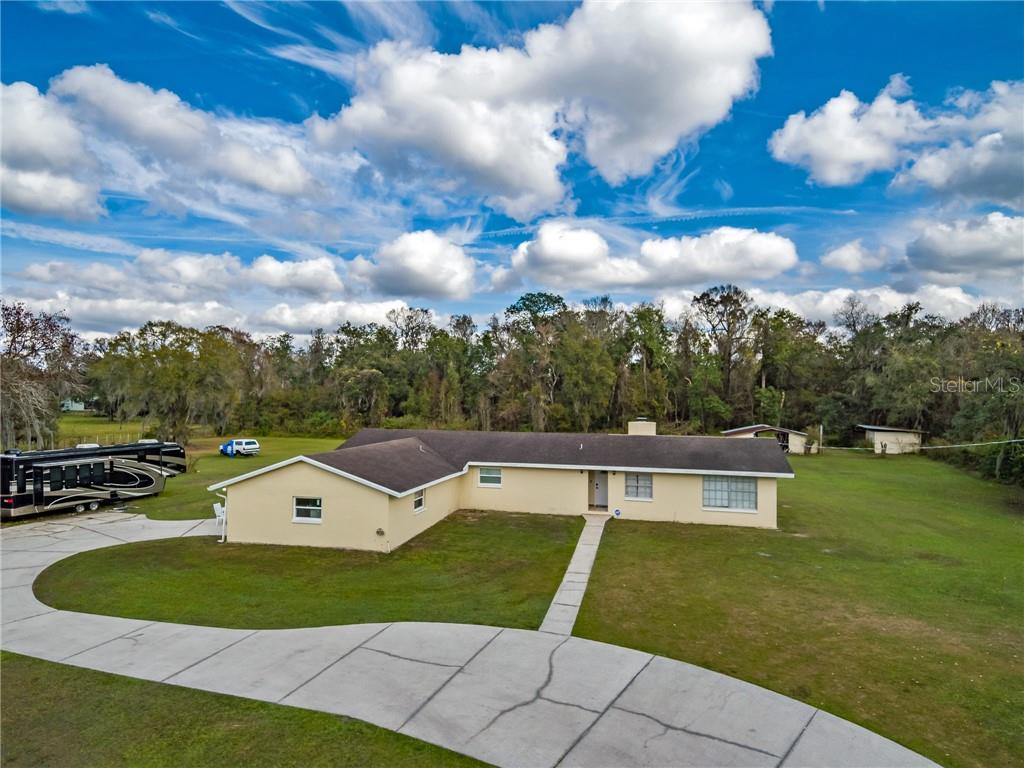 12926 CYNTHIA LN Property Photo - DOVER, FL real estate listing