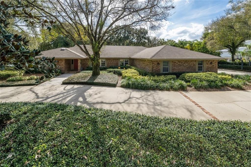 1002 BAJADA DE AVILA Property Photo - TAMPA, FL real estate listing