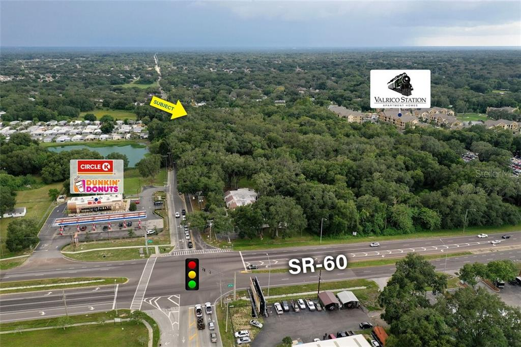 104 S MULRENNAN ROAD Property Photo - VALRICO, FL real estate listing