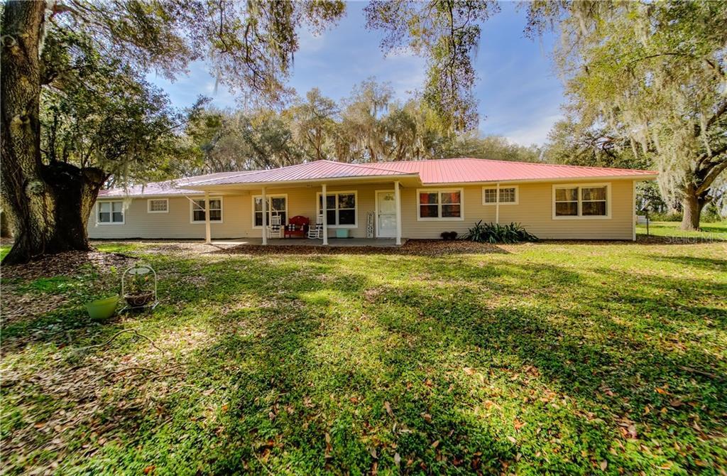 8601 PAUL BUCHMAN HIGHWAY Property Photo - PLANT CITY, FL real estate listing