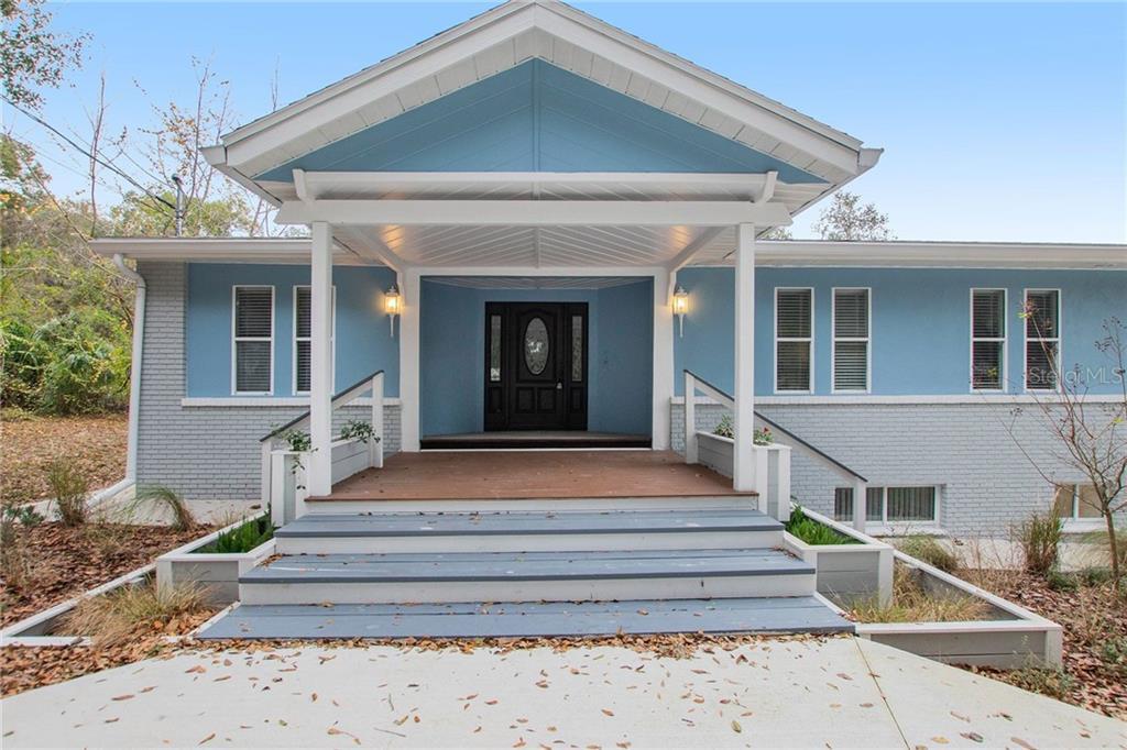 1606 W WINDHORST ROAD Property Photo - BRANDON, FL real estate listing