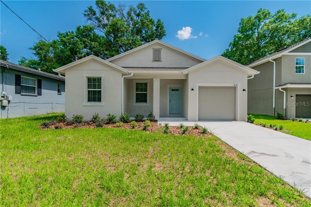 4us | Carlton Place Real Estate Listings Main Image