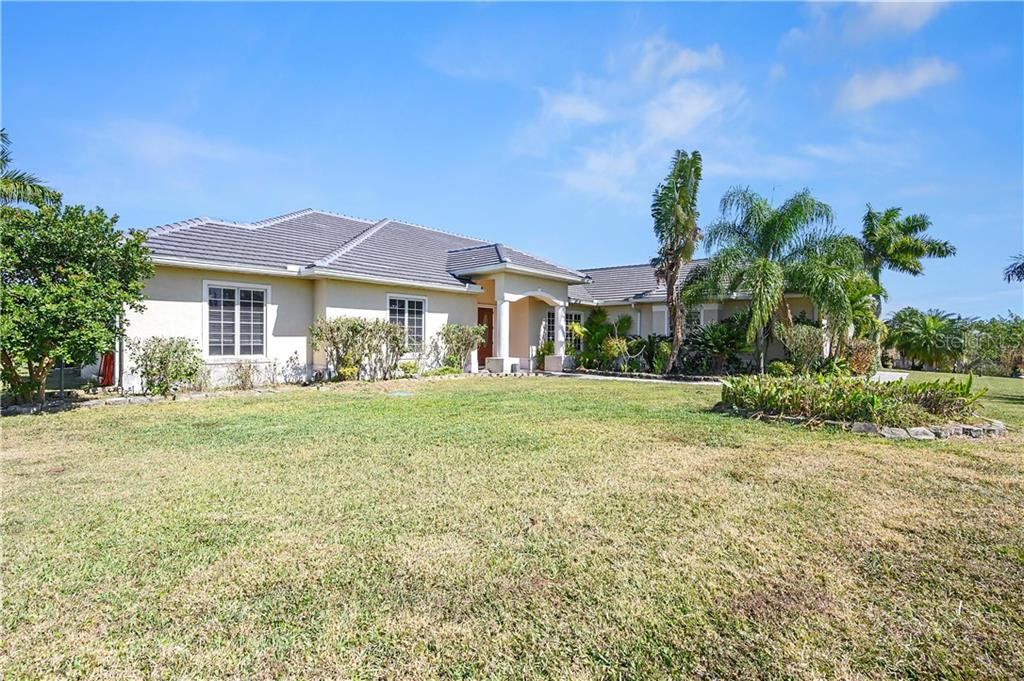 Property Photo - NAPLES, FL real estate listing