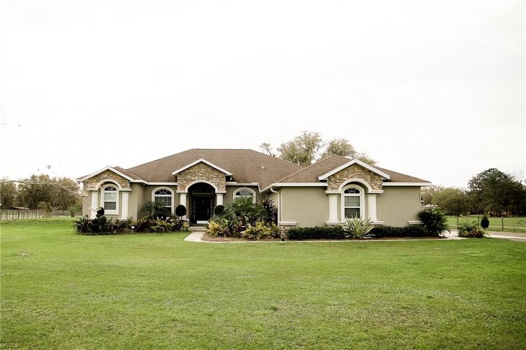 5221 BAILEY ROAD Property Photo - PLANT CITY, FL real estate listing