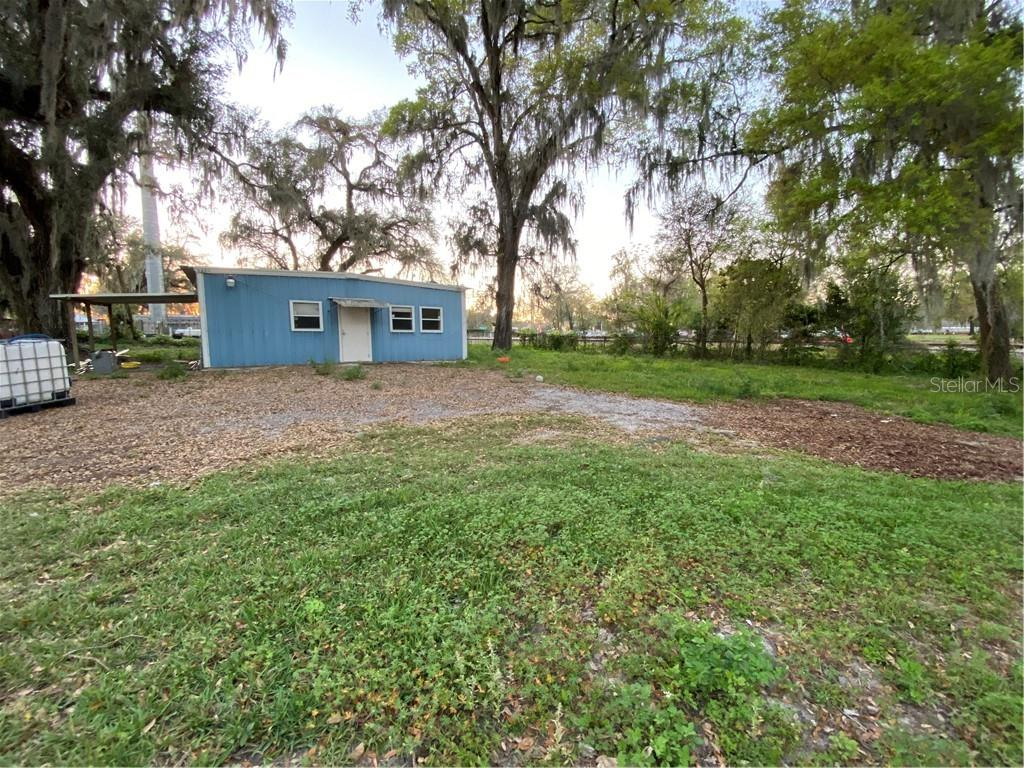 1503 LAKEVIEW AVENUE Property Photo - SEFFNER, FL real estate listing