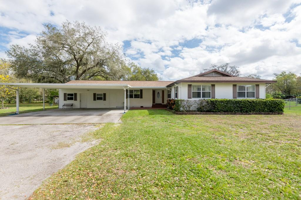 6426 County Line Road Property Photo