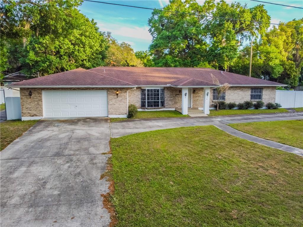 1801 E PARK CIRCLE Property Photo - TAMPA, FL real estate listing