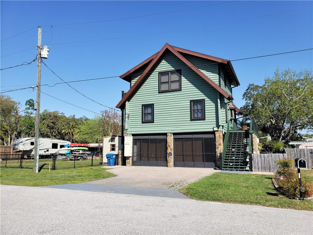 5341 CIRCLE DRIVE Property Photo - WEEKI WACHEE, FL real estate listing
