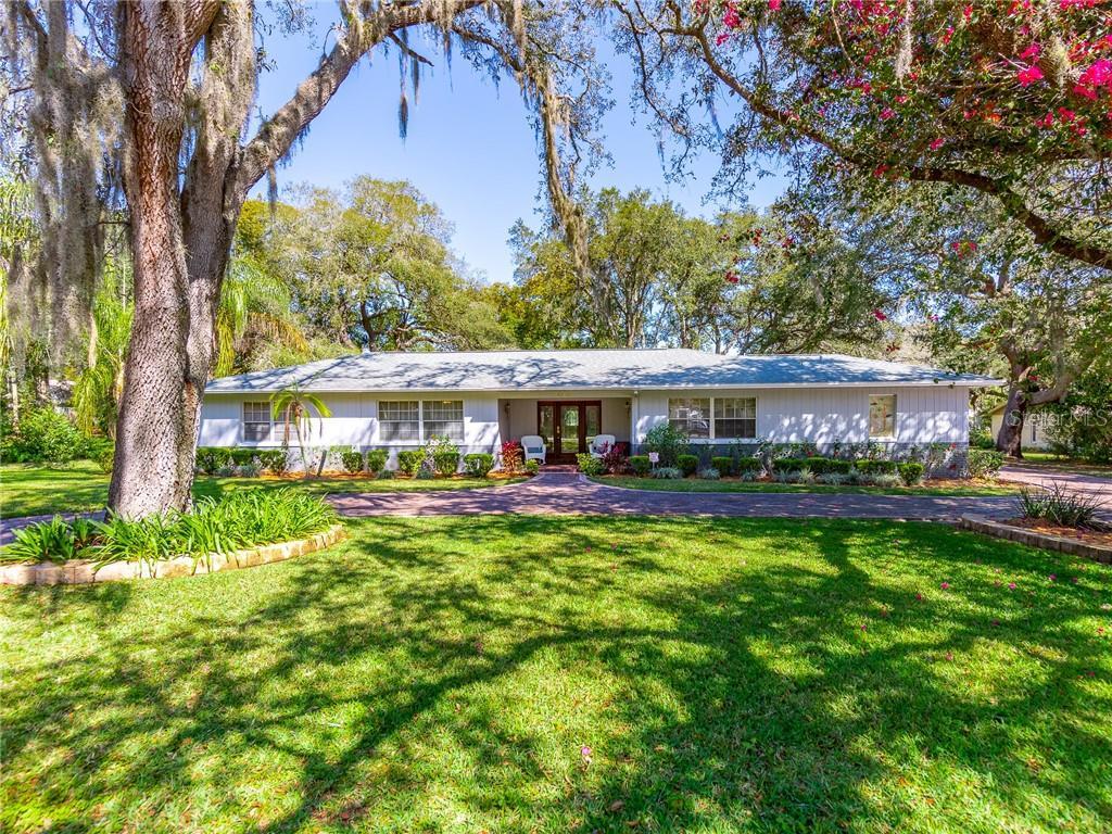 5212 E 122ND AVENUE Property Photo - TEMPLE TERRACE, FL real estate listing