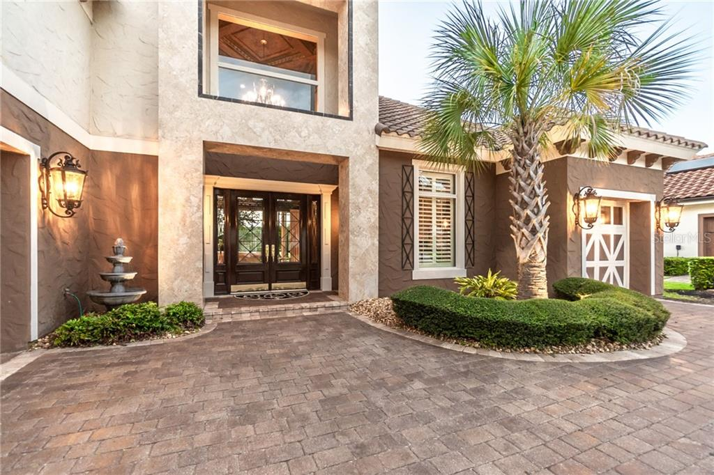 641 WOODBRIDGE DRIVE Property Photo - ORMOND BEACH, FL real estate listing
