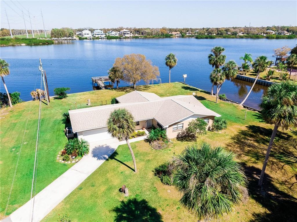 9902 PENINSULAR DRIVE Property Photo - GIBSONTON, FL real estate listing