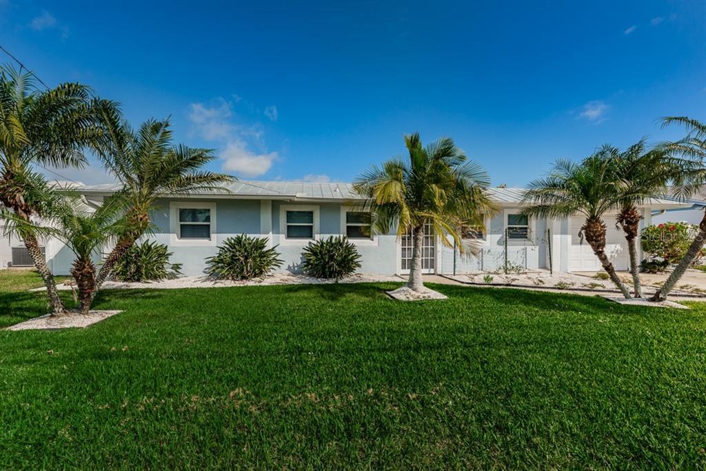 8713 HICKORYWOOD LANE Property Photo - TAMPA, FL real estate listing