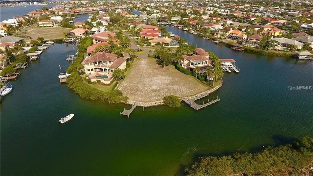 1011 PIANO LANE Property Photo - APOLLO BEACH, FL real estate listing