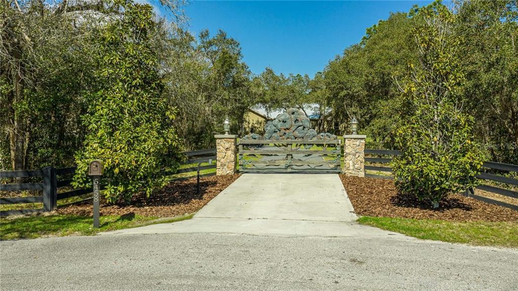 5458 N SACRAMENTO AVENUE Property Photo - BEVERLY HILLS, FL real estate listing