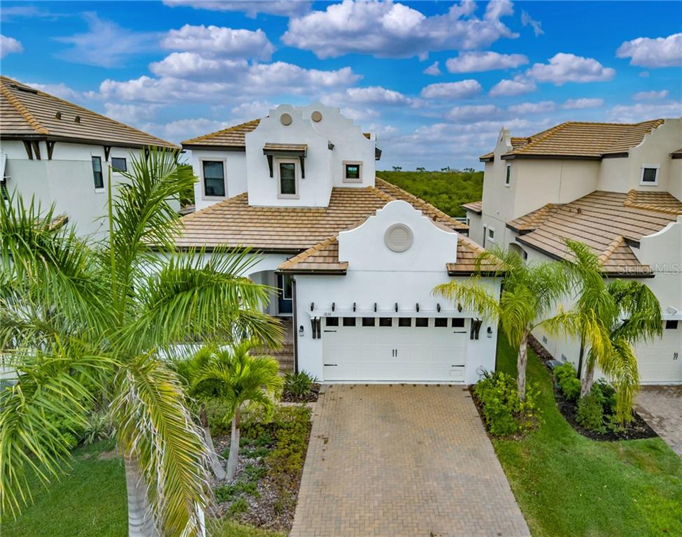 1010 SEAGRAPE DRIVE Property Photo - RUSKIN, FL real estate listing