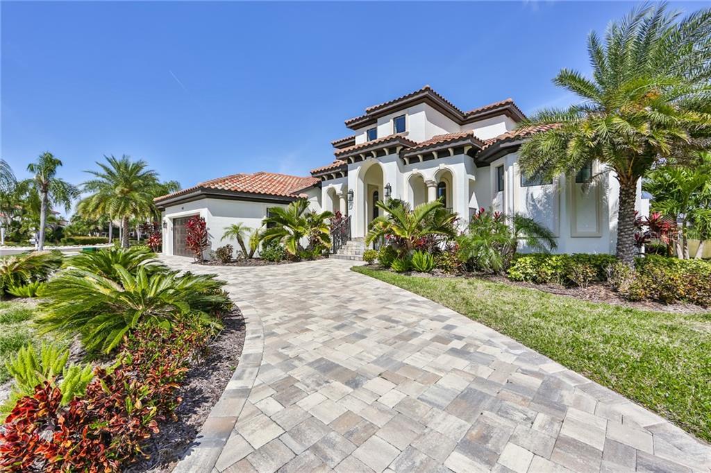 949 SYMPHONY ISLES BOULEVARD Property Photo - APOLLO BEACH, FL real estate listing