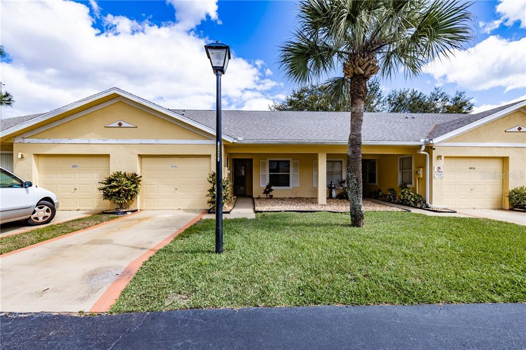 3221 Queen Palms Court Property Photo