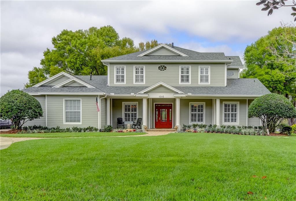 1202 OXBRIDGE DRIVE Property Photo - LUTZ, FL real estate listing