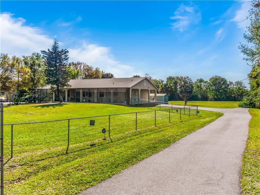 11711 MESSLER ROAD Property Photo - GIBSONTON, FL real estate listing