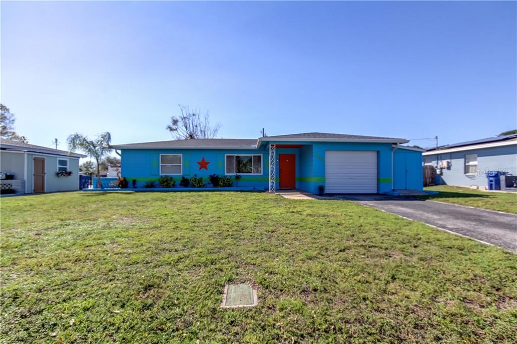 4858 60TH WAY N Property Photo - KENNETH CITY, FL real estate listing