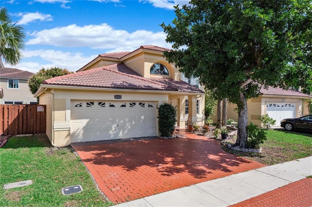 33063 Real Estate Listings Main Image