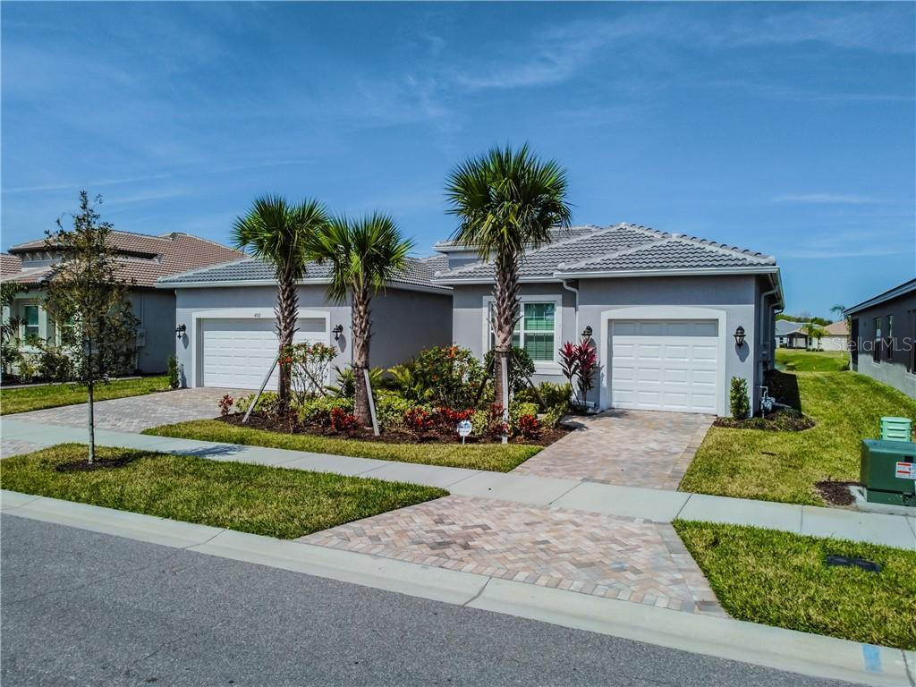 4922 PAMPLONA COURT Property Photo - WIMAUMA, FL real estate listing