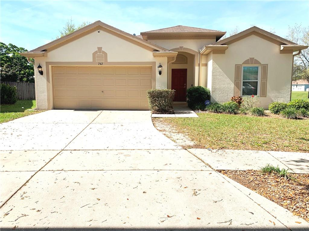 742 Star Pointe Drive Property Photo