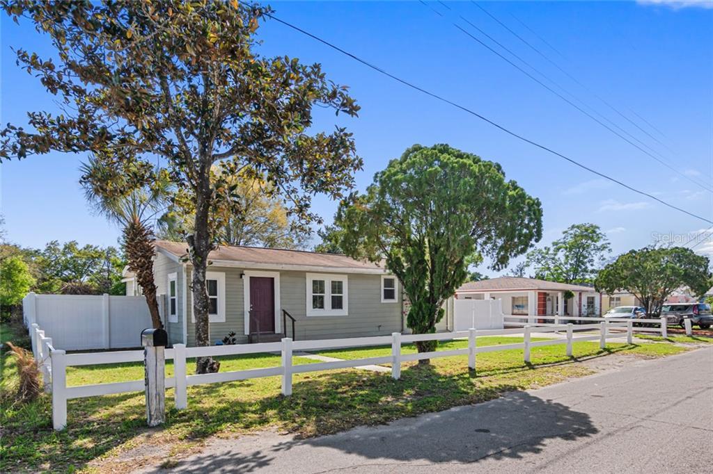 4323 Osborne Avenue E Property Photo