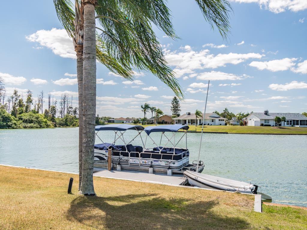 1804 BUNKER HILL DRIVE Property Photo - SUN CITY CENTER, FL real estate listing