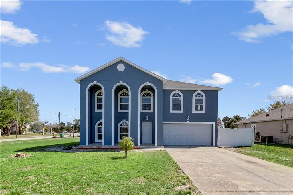 541 Blackstone Avenue Property Photo