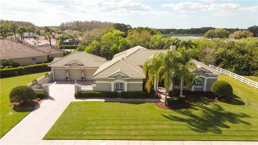 4627 AVENUE LONGCHAMPS Property Photo - LUTZ, FL real estate listing