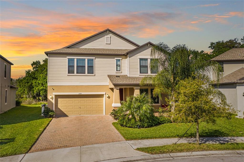 4739 COACHFORD DRIVE Property Photo - WESLEY CHAPEL, FL real estate listing