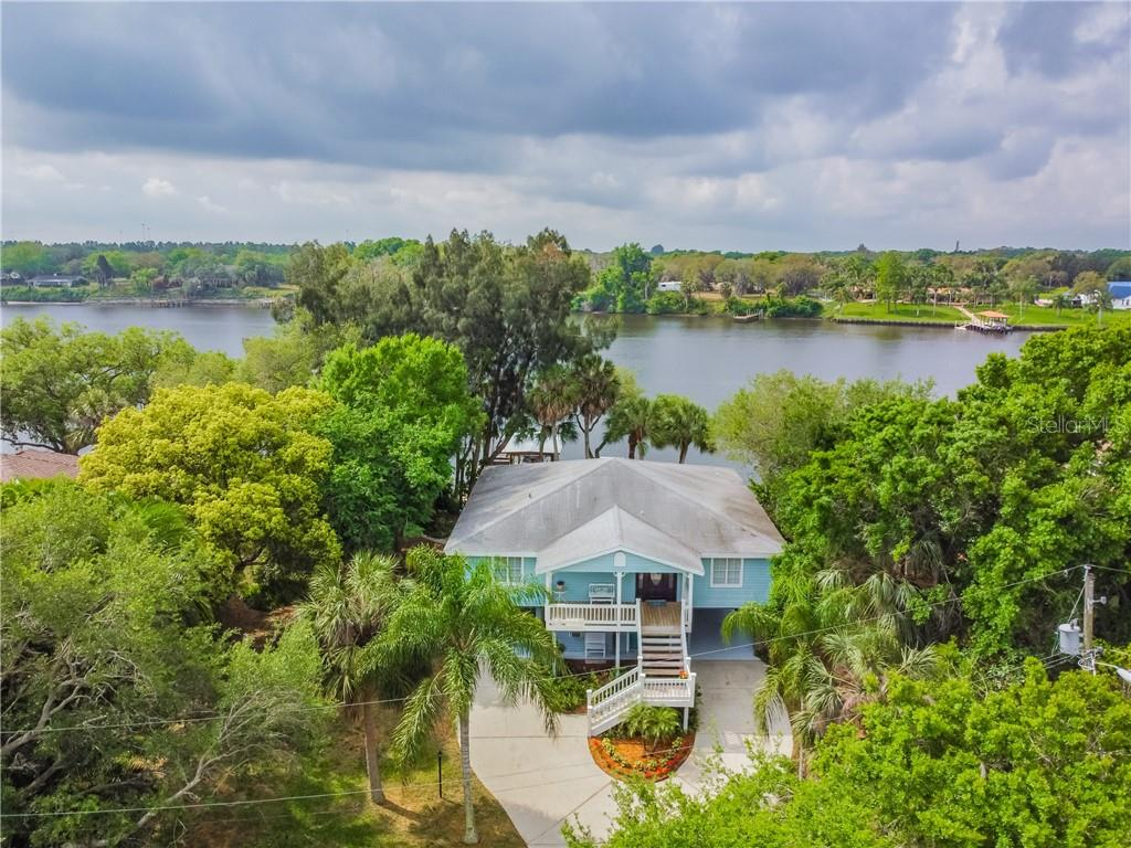 9209 River Cove Drive Property Photo 1
