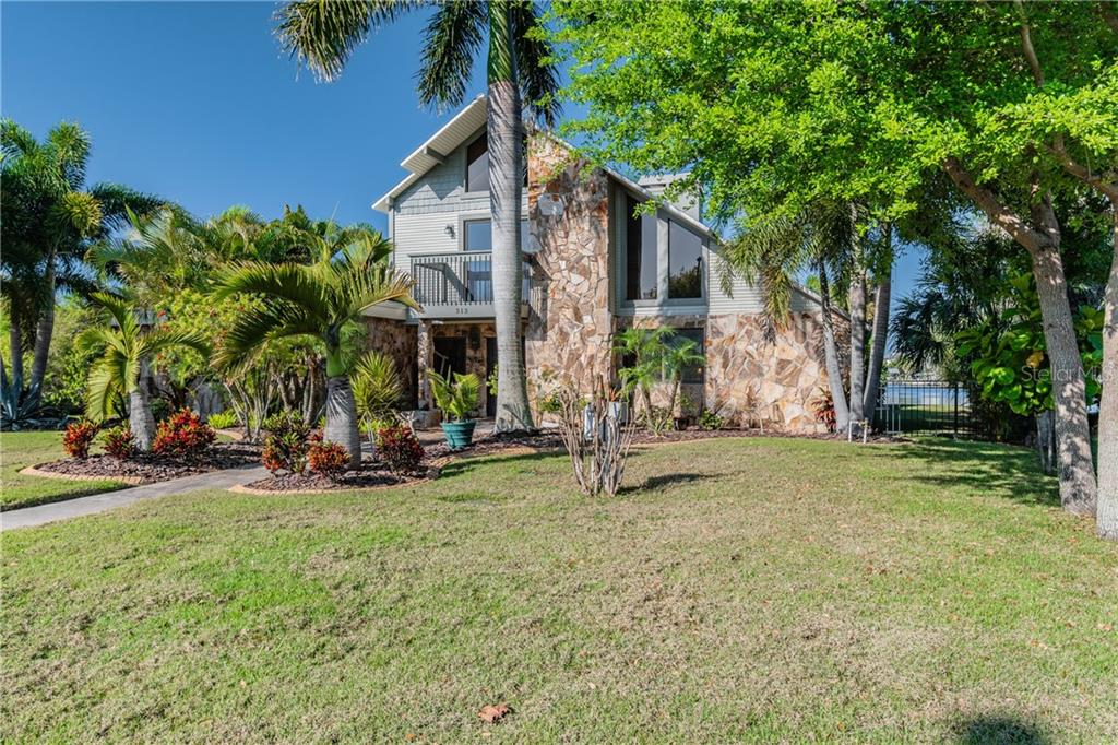 313 14TH STREET SW Property Photo - RUSKIN, FL real estate listing