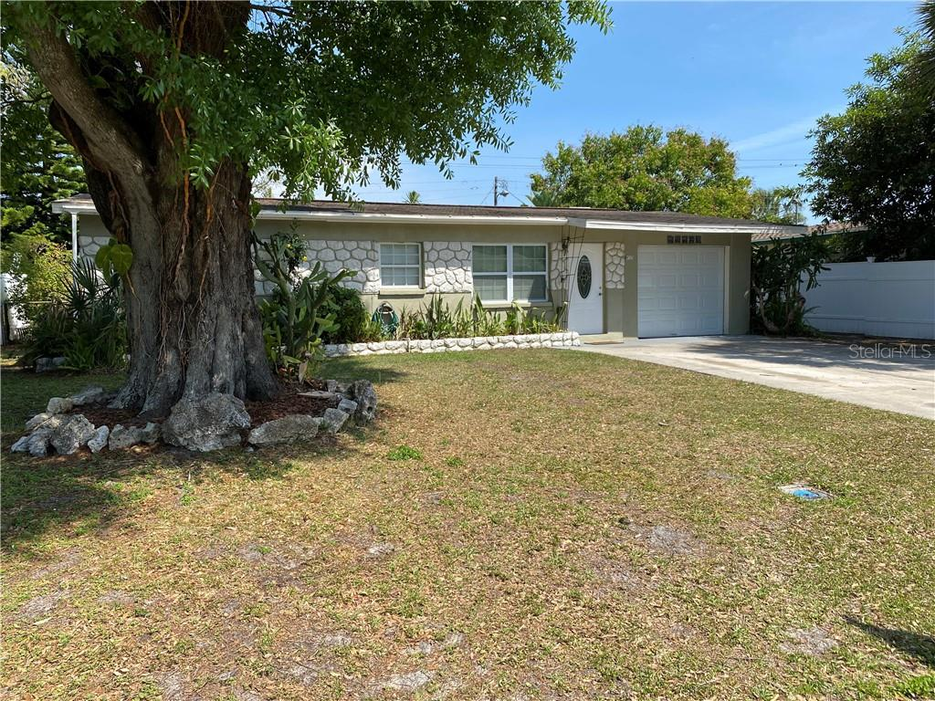 4727 El Dorado Drive Property Photo