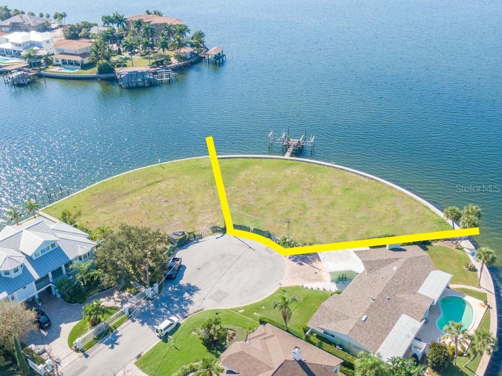 5122 W POE AVENUE Property Photo - TAMPA, FL real estate listing