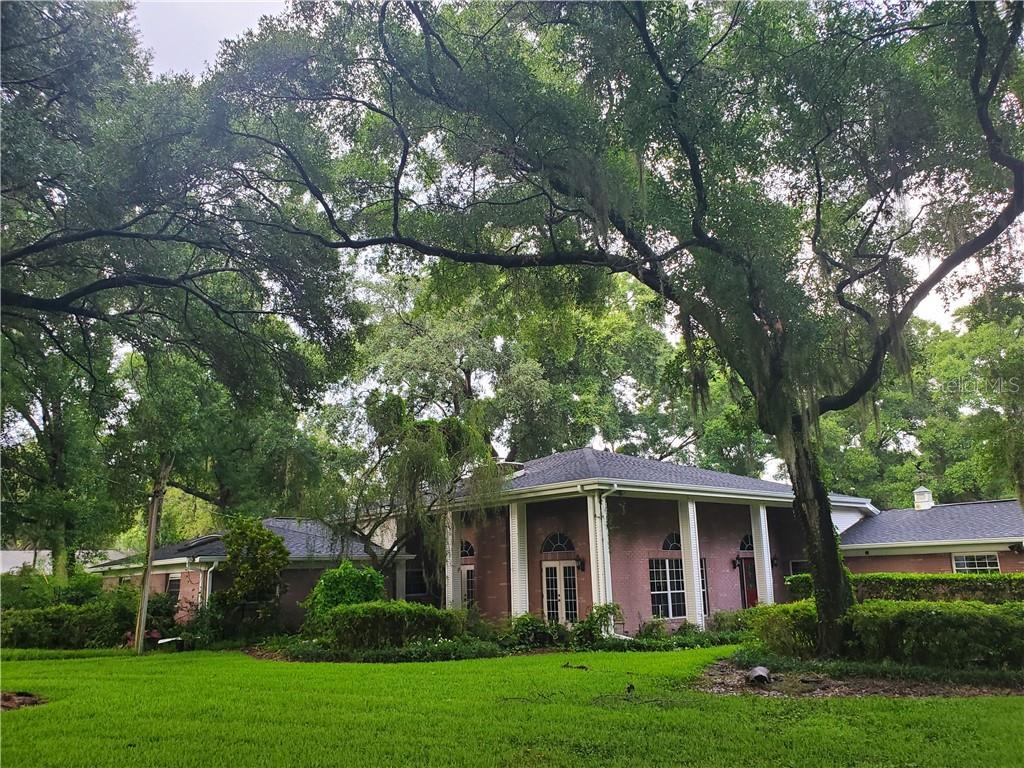 1411 KINGSWAY ROAD Property Photo - BRANDON, FL real estate listing