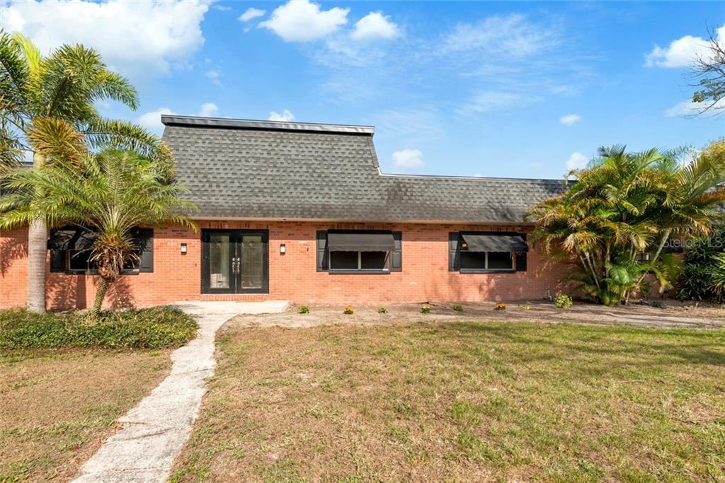 1303 WALLWOOD DRIVE Property Photo - BRANDON, FL real estate listing