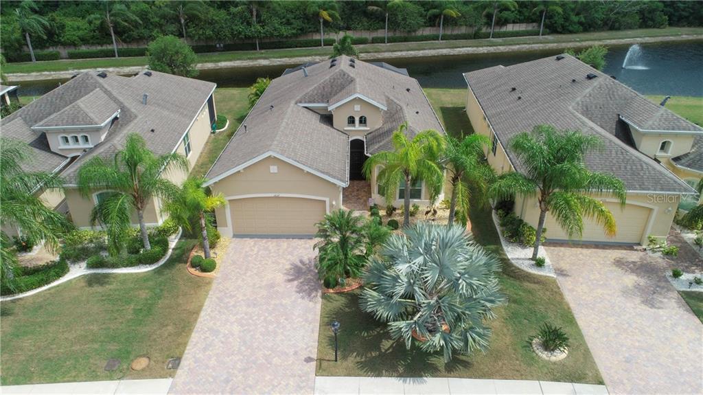 1637 EMERALD DUNES DRIVE Property Photo - SUN CITY CENTER, FL real estate listing
