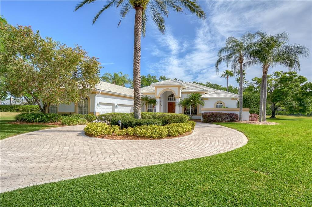 5317 LAUREL POINTE DRIVE Property Photo - VALRICO, FL real estate listing