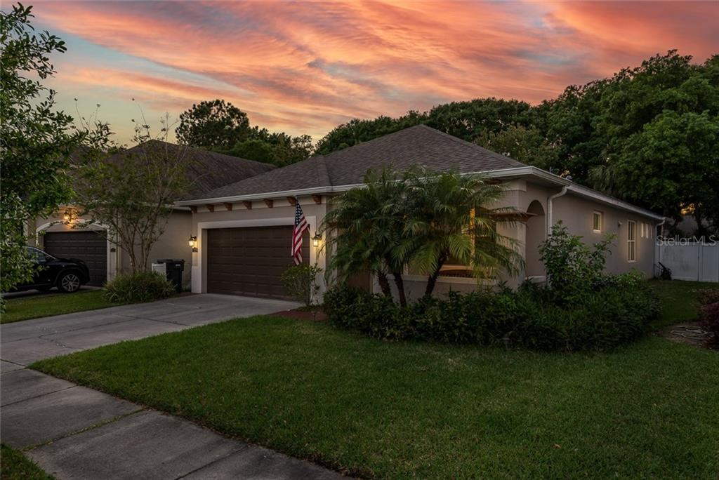 11524 QUIET FOREST DRIVE Property Photo - TAMPA, FL real estate listing