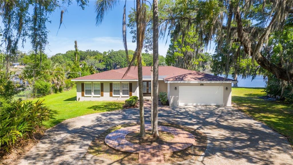 8023 TIERRA VERDE DRIVE Property Photo - TAMPA, FL real estate listing