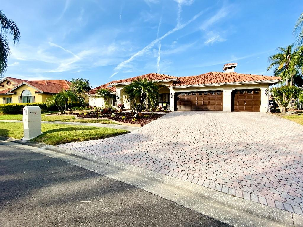 9803 COMPASS POINT WAY Property Photo - TAMPA, FL real estate listing