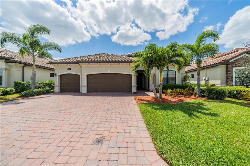 28124 WICKLOW COURT Property Photo - BONITA SPRINGS, FL real estate listing